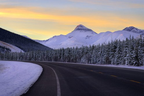 Alberta, snow, highway, foothills, winter, landscape, Dan jurak,