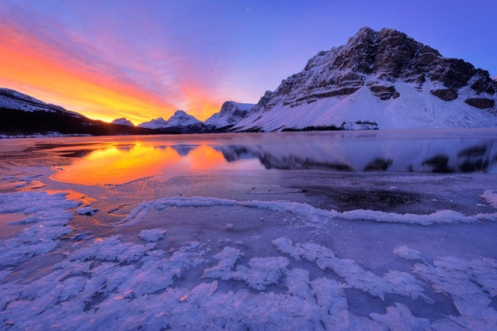 Dan jurak, Banff, Bow Lake, winter, travel alberta, landscape, ice, cold, sunrise, reflection,