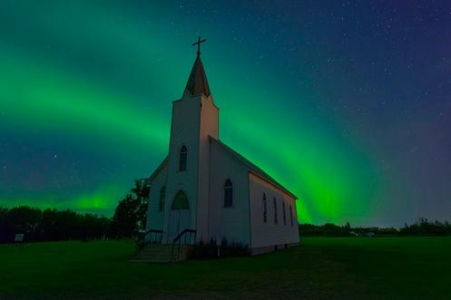 mindfulness, aurora, aurora borealis, church, northern lights, Dan jurak, landscape,