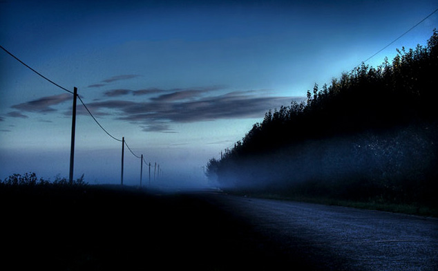 photography lessons, photography workshops, Alberta, Dan Jurak, landscape, Alberta, rural, morning, dawn, prairie, road, foggy, summer,